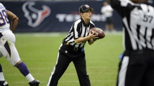 Line judge Shannon Eastin makes history in NFL as first woman ref