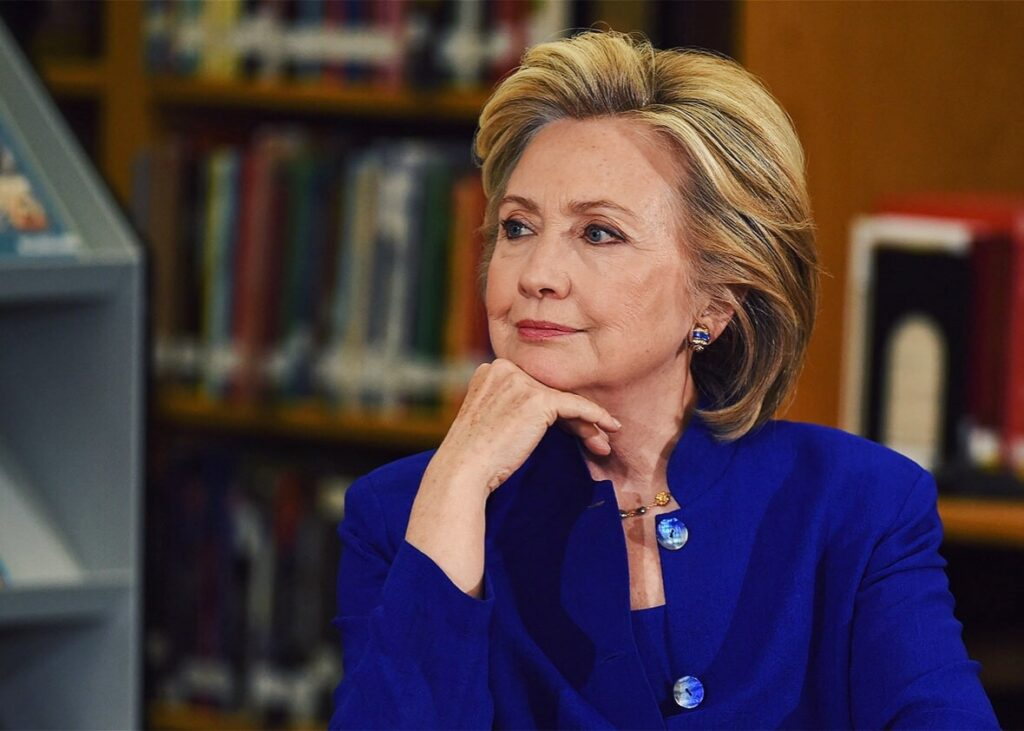 151222_DX_Clinton-Praise.jpg.CROP.promo-xlarge2